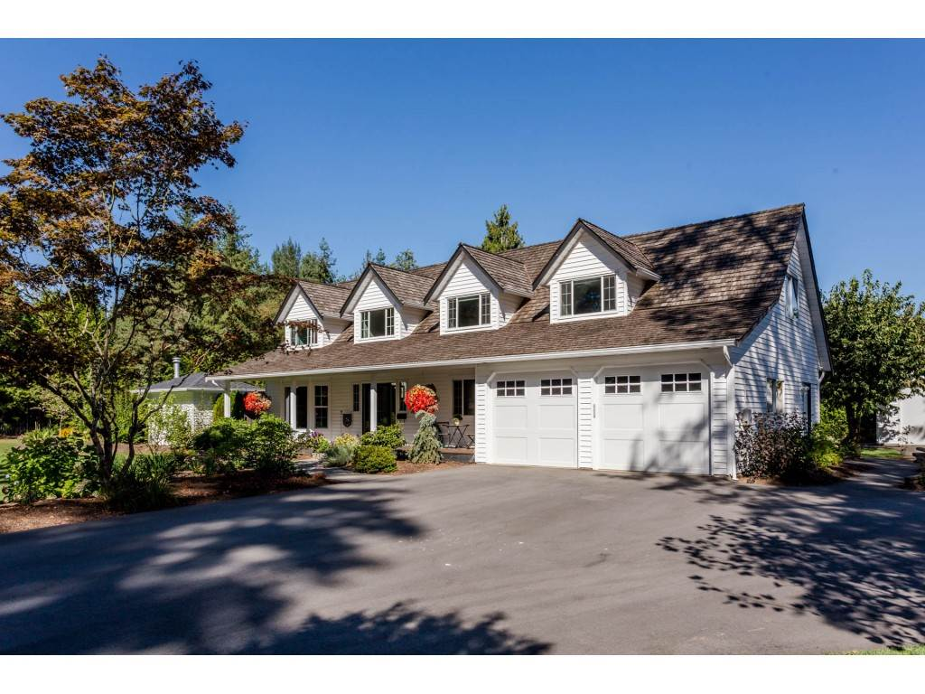 Main Photo: 25175 59 Avenue in Langley: Salmon River House for sale : MLS® # R2207299