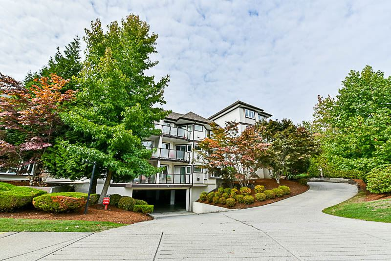 Main Photo: 204 7139 18TH AVENUE in Burnaby: Edmonds BE Condo for sale (Burnaby East)  : MLS® # R2209442