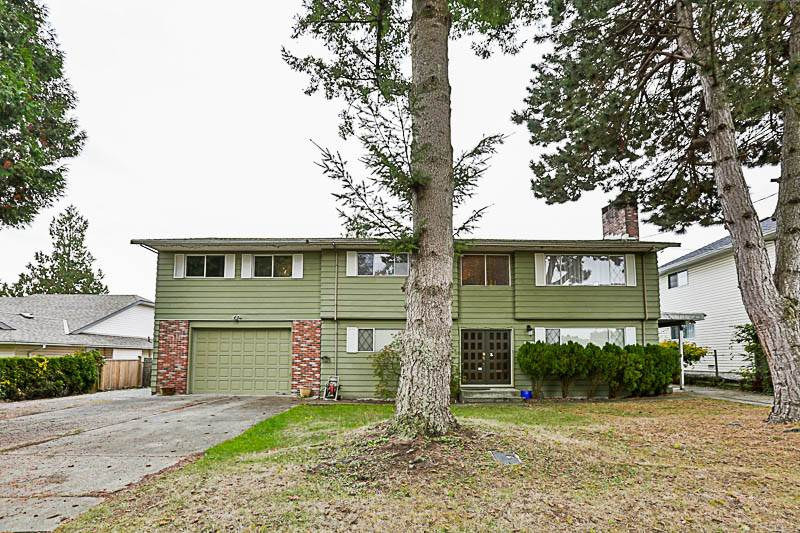 Main Photo: 15880 20TH Avenue in Surrey: King George Corridor House for sale (South Surrey White Rock)  : MLS®# R2217198