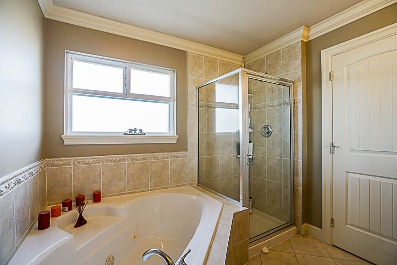 "Photo 14: Photos: 19321 72A Avenue in Surrey: Clayton House for sale in ""CLAYTON"" (Cloverdale)  : MLS® # R2244288"
