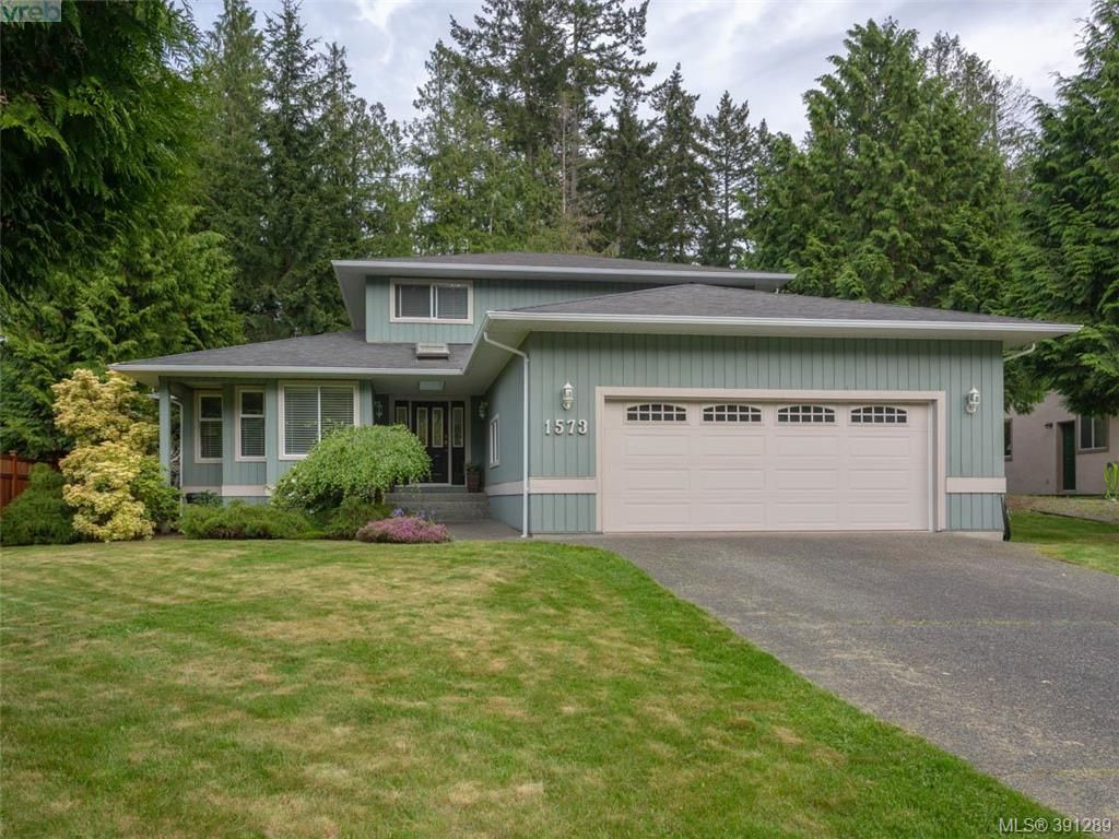FEATURED LISTING: 1573 Mayneview Terr NORTH SAANICH