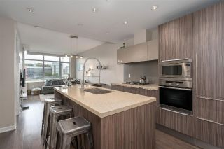 "Main Photo: 701 181 W 1ST Avenue in Vancouver: False Creek Condo for sale in ""THE BROOK"" (Vancouver West)  : MLS®# R2285232"