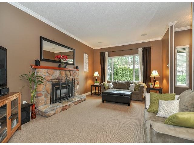 "Photo 8: 1180 COLIN Place in Coquitlam: River Springs House for sale in ""River Springs"" : MLS® # V1050772"