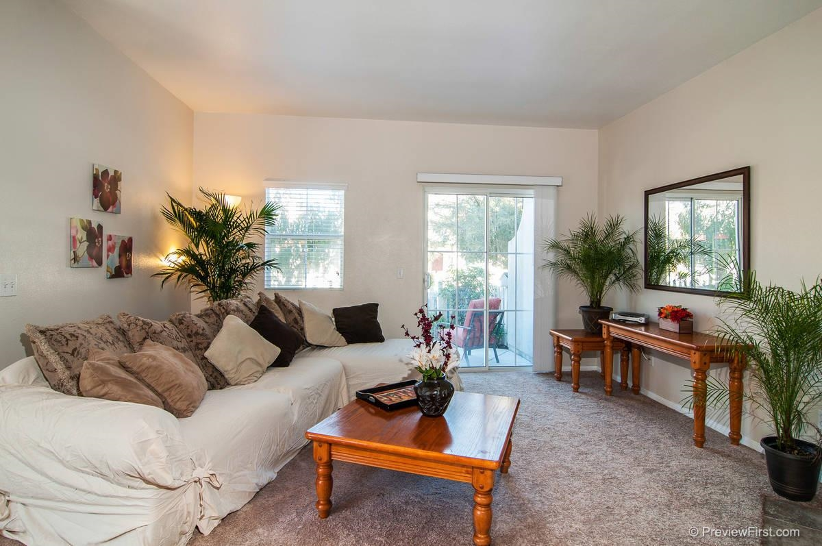 Photo 6: CHULA VISTA Twinhome for sale : 3 bedrooms : 1966 Mount Bullion Dr
