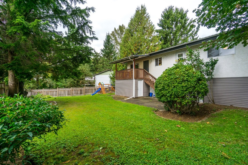 "Photo 32: 2431 ALADDIN Crescent in Abbotsford: Abbotsford East House for sale in ""McMILLAN"" : MLS® # R2001283"