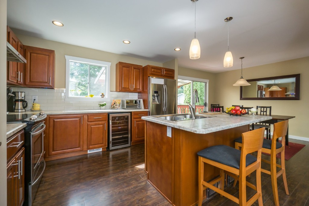 "Photo 13: 2431 ALADDIN Crescent in Abbotsford: Abbotsford East House for sale in ""McMILLAN"" : MLS® # R2001283"