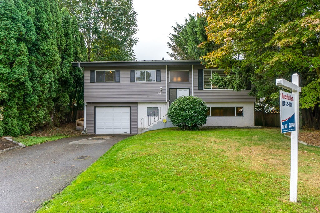 "Main Photo: 2431 ALADDIN Crescent in Abbotsford: Abbotsford East House for sale in ""McMILLAN"" : MLS® # R2001283"