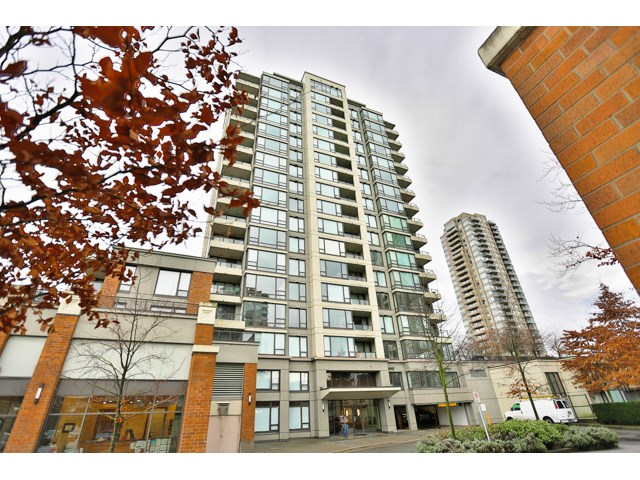 "Main Photo: 309 4182 DAWSON Street in Burnaby: Brentwood Park Condo for sale in ""TANDEM 3"" (Burnaby North)  : MLS® # R2019627"
