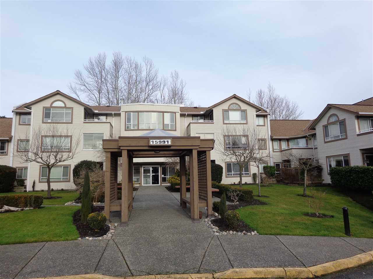"Main Photo: 212 15991 THRIFT Avenue: White Rock Condo for sale in ""ARCADIAN"" (South Surrey White Rock)  : MLS® # R2026160"