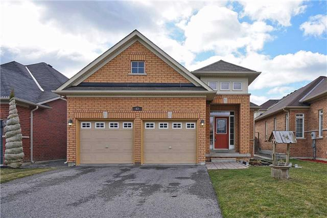 Main Photo: 63 Albert Street in Clarington: Bowmanville House (Bungalow) for sale : MLS® # E3464021
