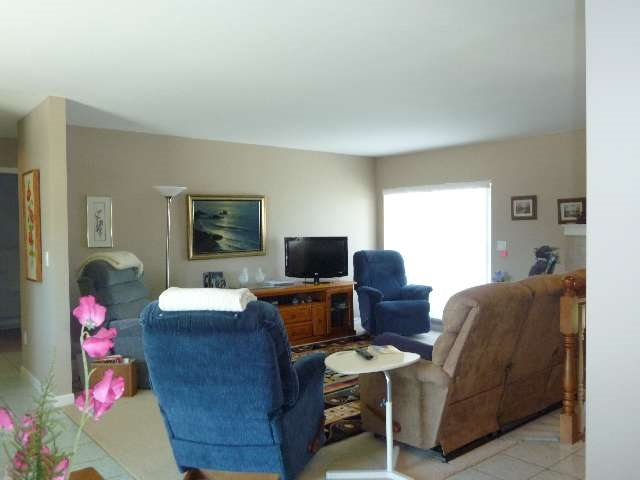 "Photo 4: Photos: 20 5610 TRAIL Avenue in Sechelt: Sechelt District Condo for sale in ""HIGHPOINT"" (Sunshine Coast)  : MLS®# R2077237"