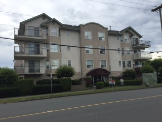 "Main Photo: 304 9400 COOK Street in Chilliwack: Chilliwack N Yale-Well Condo for sale in ""Wellington"" : MLS® # R2082731"