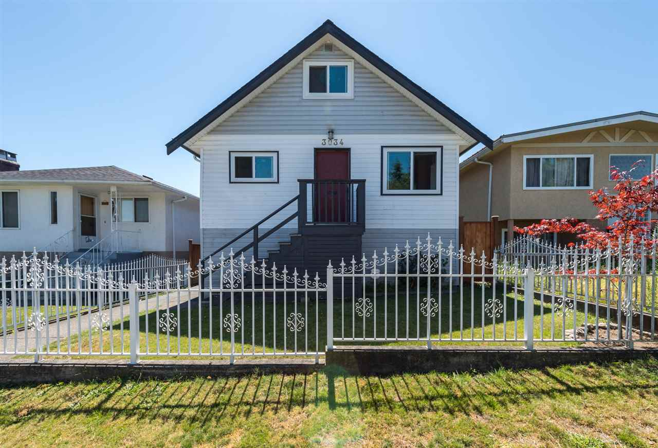 "Main Photo: 3034 GRAVELEY Street in Vancouver: Renfrew VE House for sale in ""RENFREW"" (Vancouver East)  : MLS® # R2096636"
