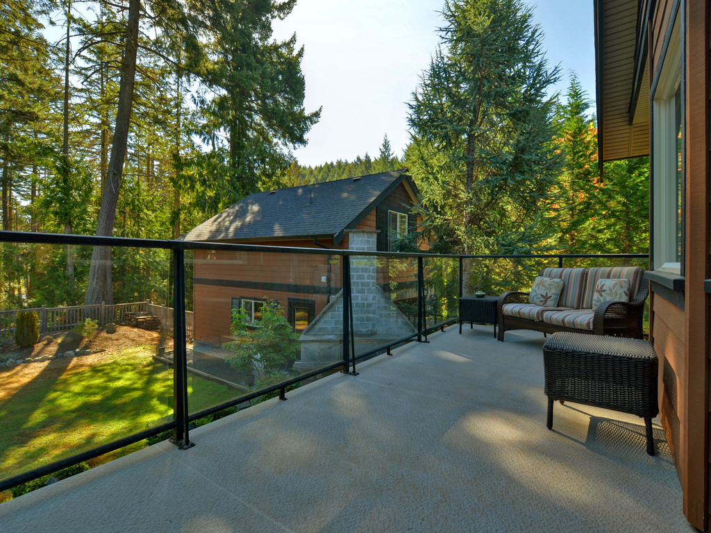 Photo 18: 1054 River Road in VICTORIA: Hi Bear Mountain Single Family Detached for sale (Highlands)  : MLS(r) # 369201