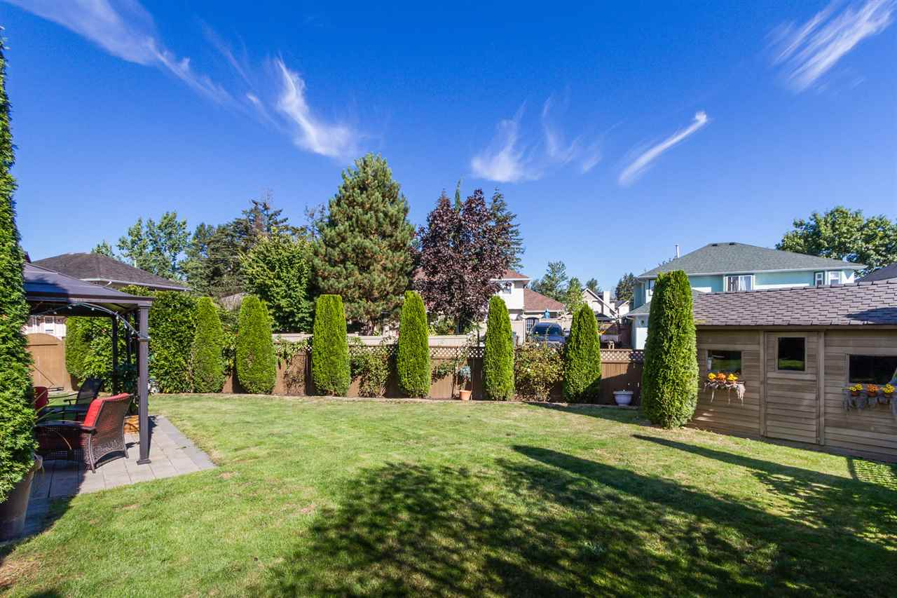 "Photo 18: 19059 63B Avenue in Surrey: Cloverdale BC House for sale in ""Bakerview Heights"" (Cloverdale)  : MLS(r) # R2108364"