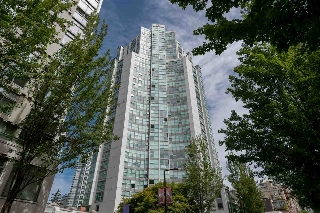 "Main Photo: 406 1323 HOMER Street in Vancouver: Yaletown Condo for sale in ""Pacific Point"" (Vancouver West)  : MLS(r) # R2140938"