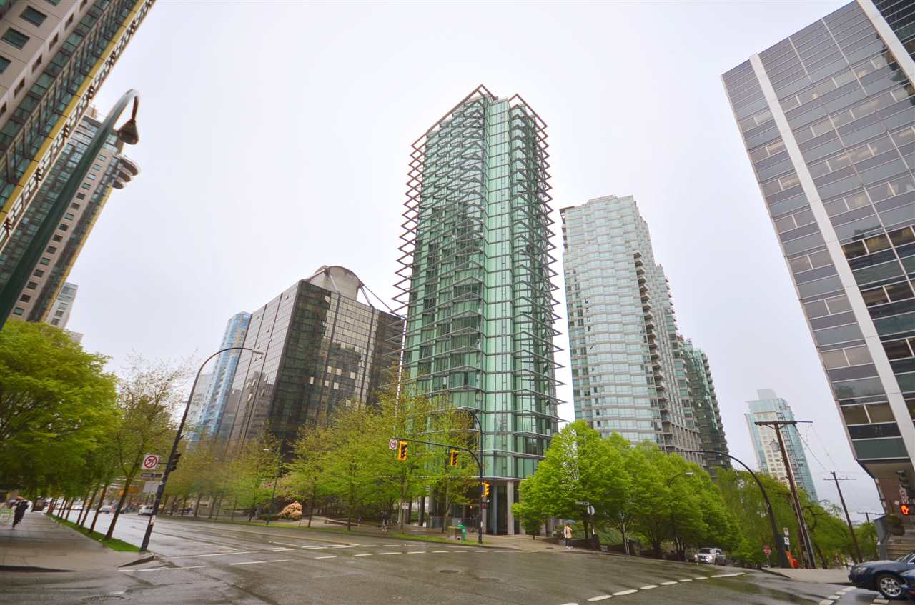 "Main Photo: 1208 1331 W GEORGIA Street in Vancouver: Coal Harbour Condo for sale in ""The Pointe"" (Vancouver West)  : MLS(r) # R2146778"
