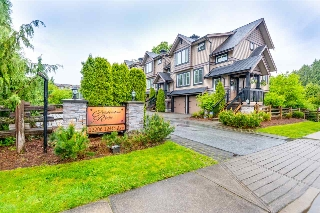 "Main Photo: 19 22206 124 Avenue in Maple Ridge: West Central Townhouse for sale in ""COPPERSTONE RIDGE"" : MLS®# R2167198"