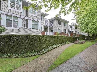 "Main Photo: 207 1675 W 10TH Avenue in Vancouver: Fairview VW Condo for sale in ""NORFOLK HOUSE"" (Vancouver West)  : MLS(r) # R2169058"