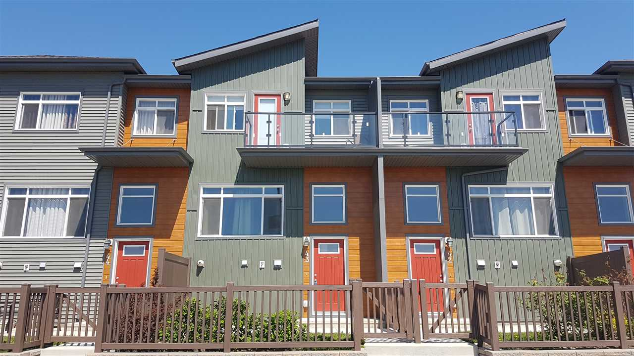Main Photo: 43 7503 Getty Gate in Edmonton: Zone 58 Townhouse for sale : MLS(r) # E4066955