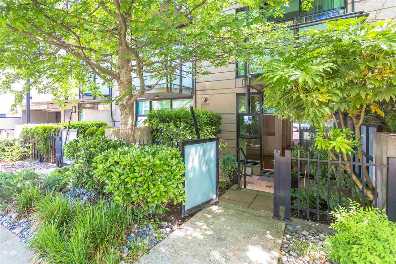 "Main Photo: 102 8988 HUDSON Street in Vancouver: Marpole Condo for sale in ""RETRO"" (Vancouver West)  : MLS® # R2184157"