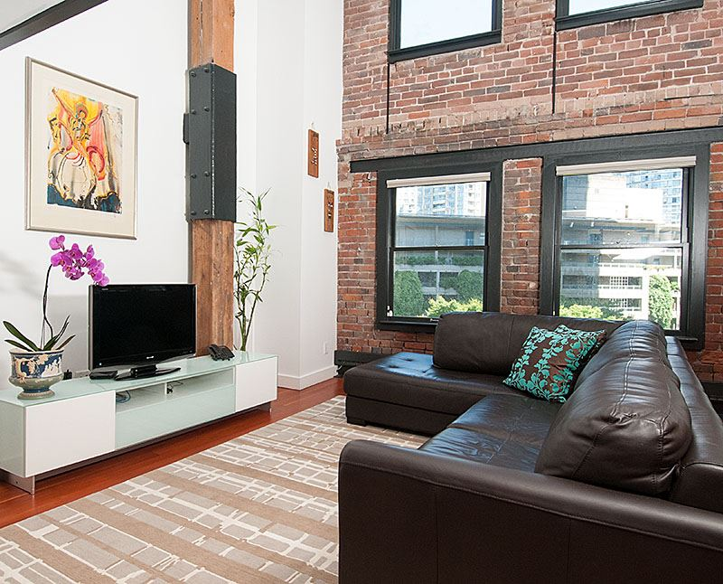 Photo 2: 505 528 BEATTY Street in Vancouver: Downtown VW Condo for sale (Vancouver West)  : MLS(r) # R2188467