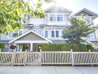 Main Photo: 43 19330 69 AVENUE in Surrey: Clayton Townhouse for sale (Cloverdale)  : MLS®# R2185704