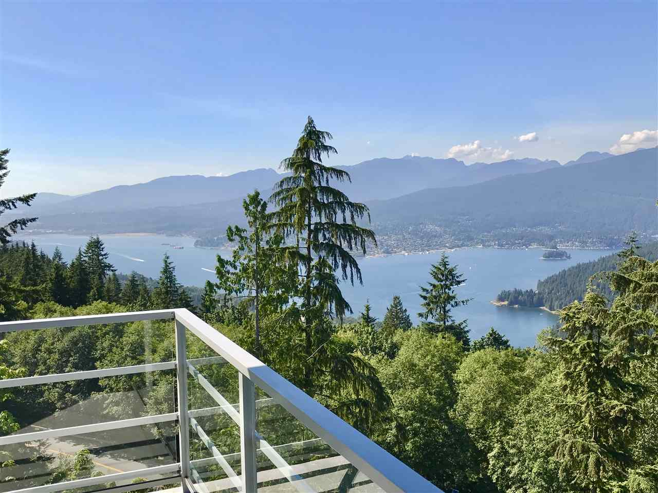 Main Photo: 1007 9060 UNIVERSITY Crescent in Burnaby: Simon Fraser Univer. Condo for sale (Burnaby North)  : MLS® # R2196959