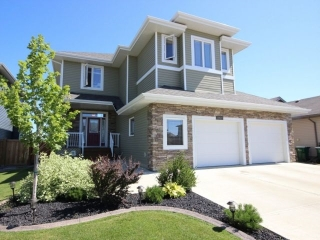 Main Photo: 10417 97 Street: Morinville House for sale : MLS® # E4079806