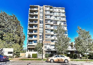 "Main Photo: 907 9266 UNIVERSITY Crescent in Burnaby: Simon Fraser Univer. Condo for sale in ""AURORA"" (Burnaby North)  : MLS® # R2203178"