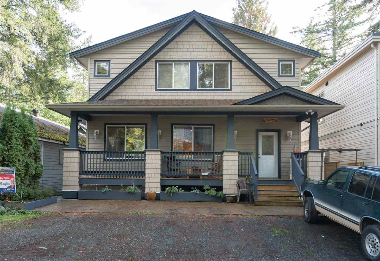 "Main Photo: 324 SPRUCE Street: Cultus Lake House for sale in ""CULTUS LAKE MUNICIPAL PARK"" : MLS® # R2213053"
