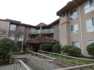 "Main Photo: 311 14981 101A Avenue in Surrey: Guildford Condo for sale in ""CARTIER PLACE"" (North Surrey)  : MLS®# R2239539"