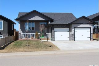 Main Photo: 507 Silver Birch Lane in Warman: Residential for sale : MLS®# SK729446