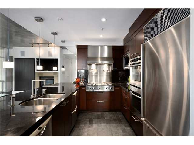 Photo 15: # 1802 1280 RICHARDS ST in Vancouver: Yaletown Condo for sale (Vancouver West)  : MLS® # V1014823