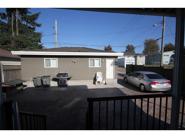 Photo 17: 1591 E 59TH Avenue in Vancouver: Fraserview VE House for sale (Vancouver East)  : MLS(r) # V1031963