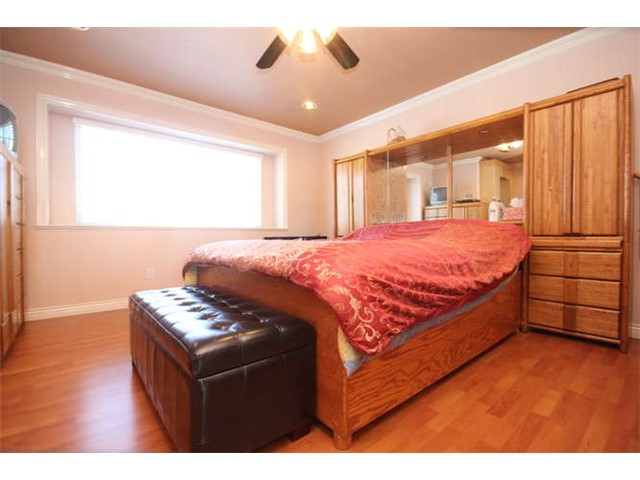 Photo 8: 1591 E 59TH Avenue in Vancouver: Fraserview VE House for sale (Vancouver East)  : MLS(r) # V1031963