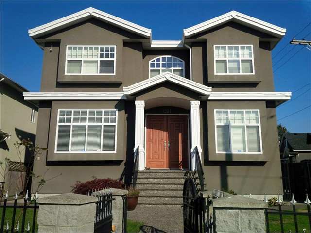 Main Photo: 1591 E 59TH Avenue in Vancouver: Fraserview VE House for sale (Vancouver East)  : MLS(r) # V1031963