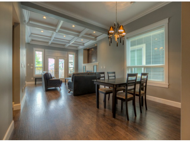 Photo 5: 17383 1ST AV in Surrey: Pacific Douglas House for sale (South Surrey White Rock)  : MLS(r) # F1324725