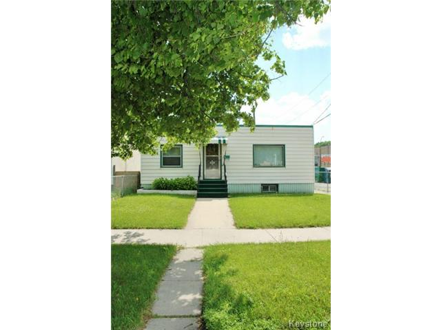 Main Photo: 972 Winnipeg Avenue in WINNIPEG: Brooklands / Weston Residential for sale (West Winnipeg)  : MLS®# 1516015