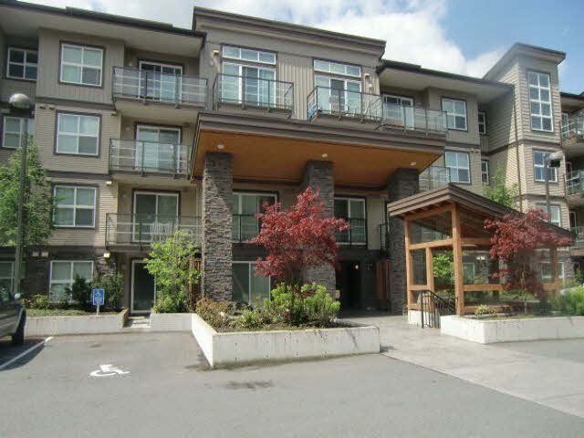 "Main Photo: 323 30515 CARDINAL Avenue in Abbotsford: Abbotsford West Condo for sale in ""TAMERN"" : MLS®# F1446207"