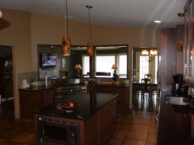 Photo 2: Photos: 56 ARROWSTONE DRIVE in : Sahali House for sale (Kamloops)  : MLS® # 131279