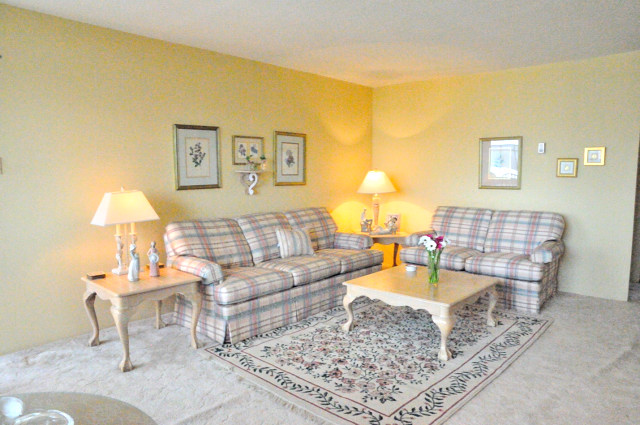 "Photo 8: 1305 6631 MINORU Boulevard in Richmond: Brighouse Condo for sale in ""PARK TOWERS"" : MLS(r) # R2054665"