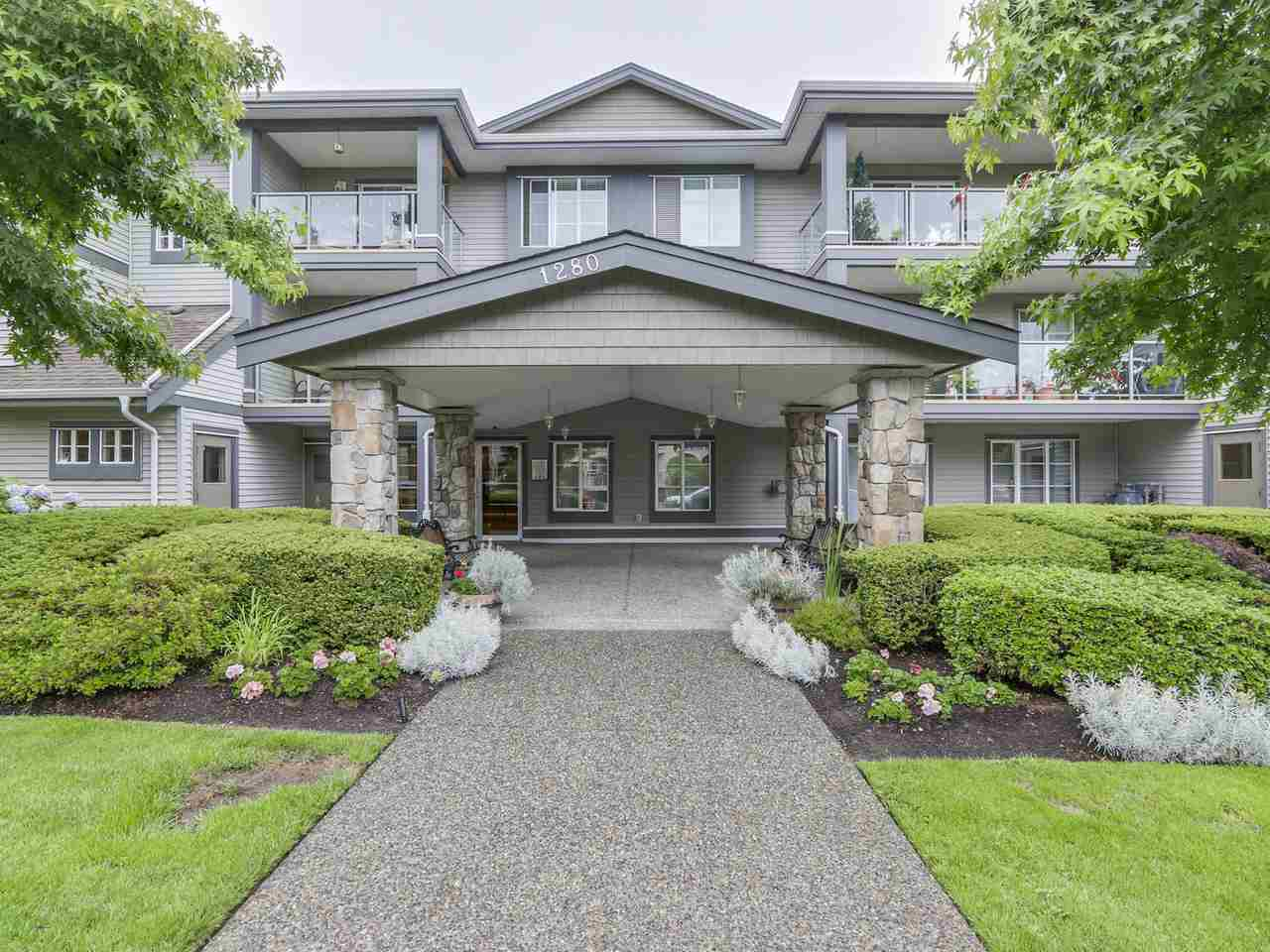 Main Photo: 205 1280 MERKLIN Street: White Rock Condo for sale (South Surrey White Rock)  : MLS® # R2088301