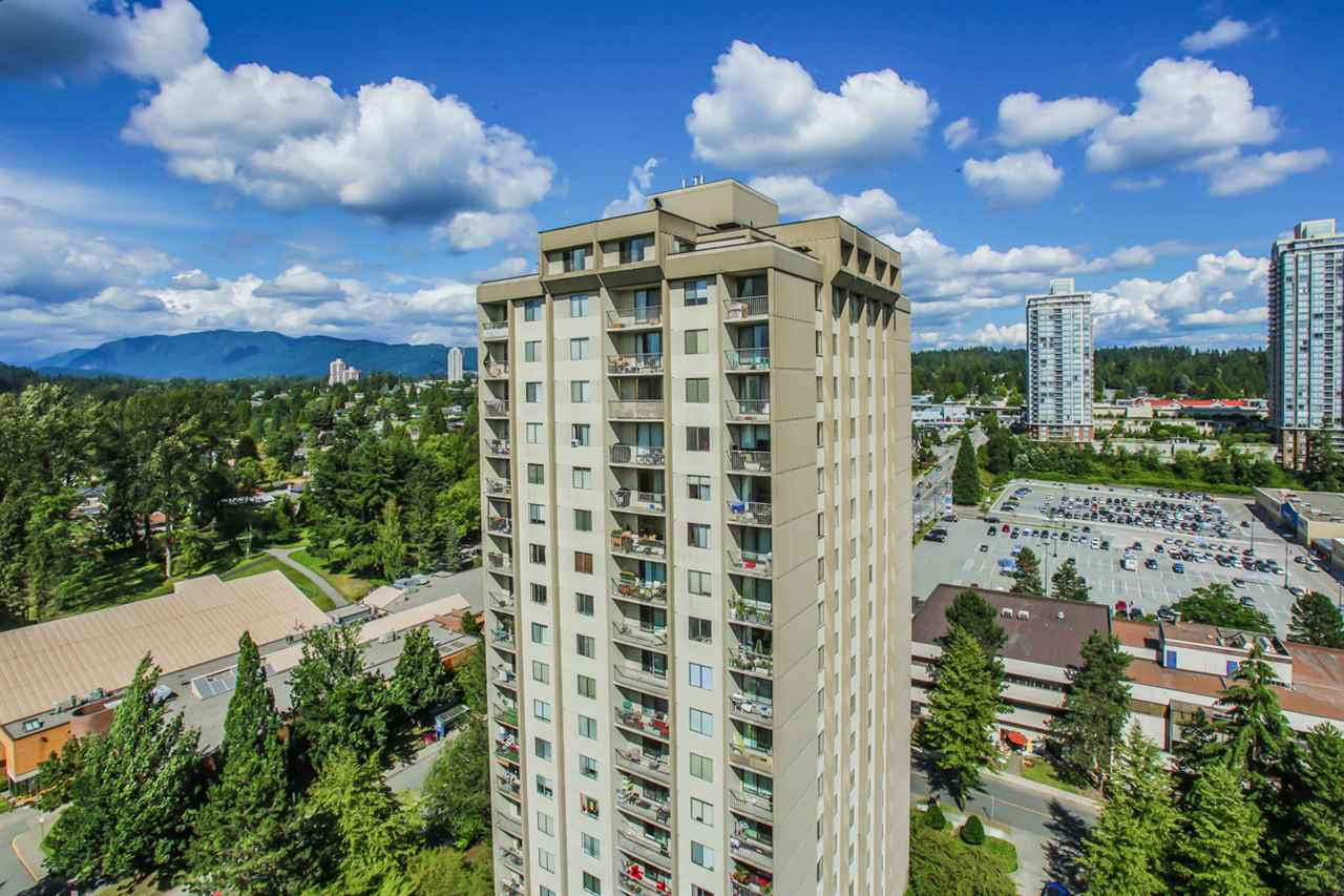 "Photo 13: 2002 9541 ERICKSON Drive in Burnaby: Sullivan Heights Condo for sale in ""ERICKSON TOWER"" (Burnaby North)  : MLS® # R2092488"
