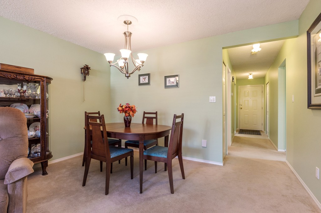 Photo 4: 21 19249 HAMMOND Road in Pitt Meadows: Central Meadows Townhouse for sale : MLS® # R2116453