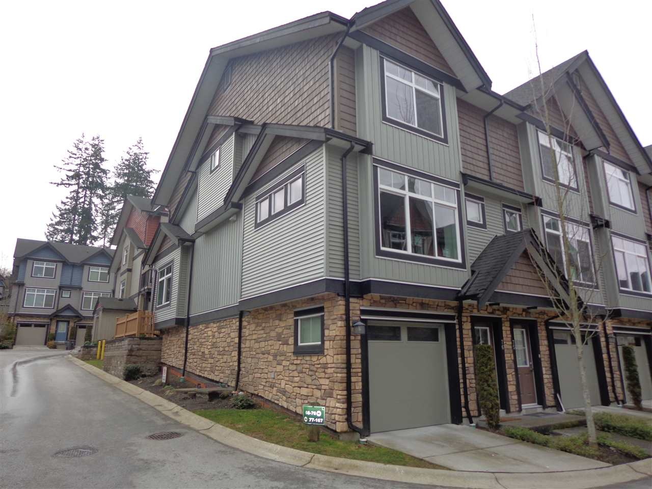 "Main Photo: 76 6299 144 Street in Surrey: Sullivan Station Townhouse for sale in ""ALTURA"" : MLS®# R2141156"