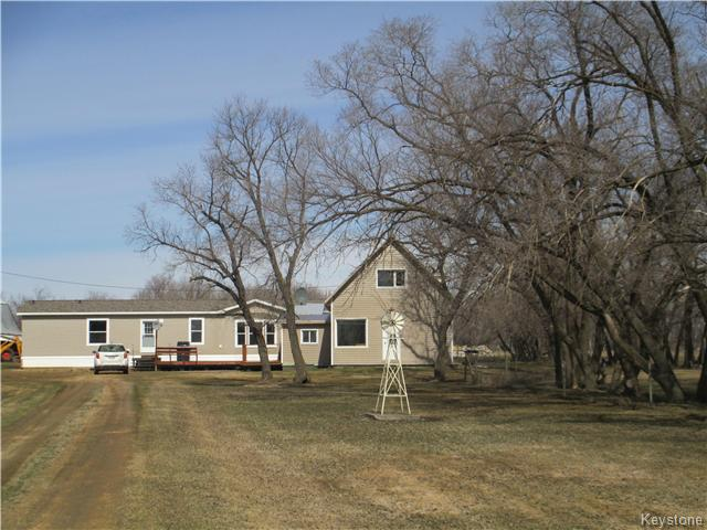 Main Photo: 114007 150 Road North in Dauphin: RM of Dauphin Residential for sale (R30 - Dauphin and Area)  : MLS® # 1708856