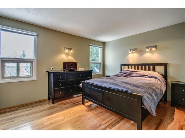 Photo 29: 211 STRATHEARN Crescent SW in Calgary: Strathcona Park House for sale : MLS(r) # C4104342