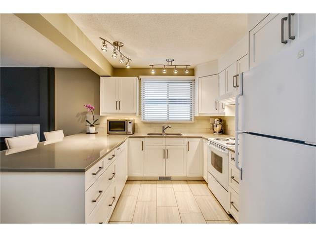 Photo 12: 211 STRATHEARN Crescent SW in Calgary: Strathcona Park House for sale : MLS(r) # C4104342