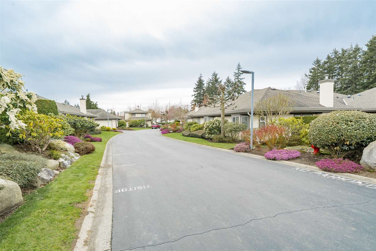 Photo 15: 1 12925 17 AVENUE in Surrey: Crescent Bch Ocean Pk. Townhouse for sale (South Surrey White Rock)  : MLS(r) # R2152668